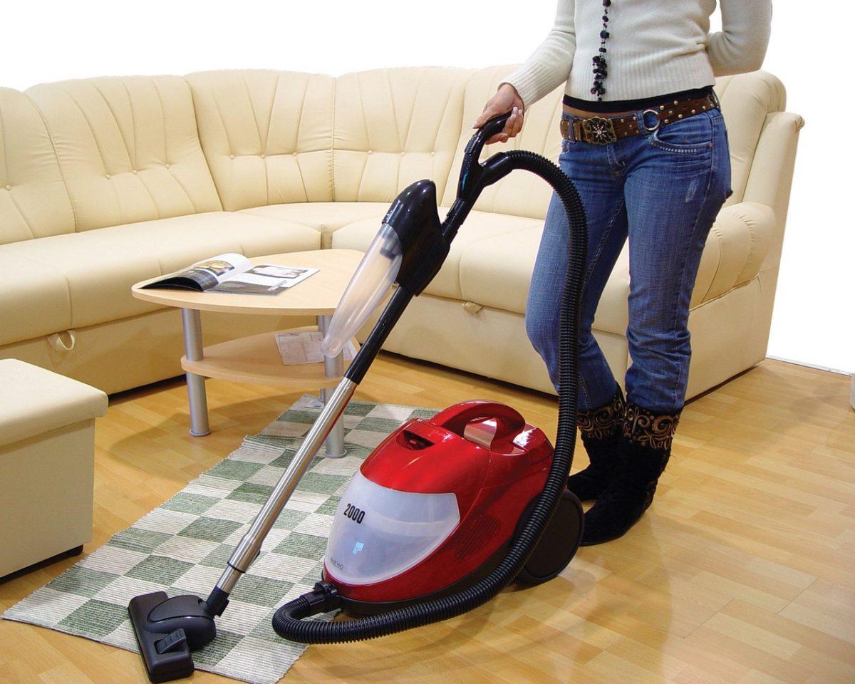 Gdzie szukać dobrej ekipy sprzątającej do czyszczenia biura?